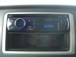 carrozzeria DEH-P650 CDデッキ