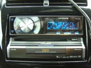 carrozzeria DEH-P630 CD/USBデッキ・AVIC-XH900 HDDナビゲーション