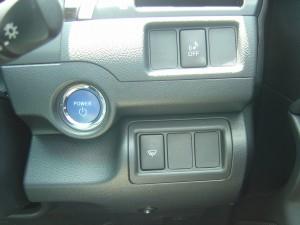 エンジンスタートボタン、車両近接通報装置・フロントガラス熱線スイッチ