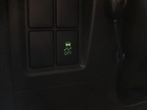 トラクションコントロールスイッチ