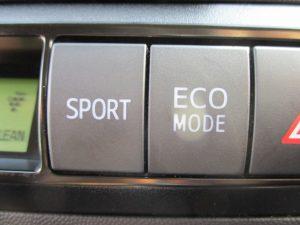 SPORT/ECOモードスイッチ