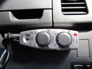 carrozzeria サブウーファーコントローラー