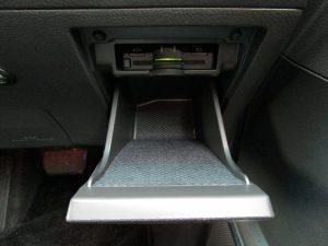 ETC、運転席収納