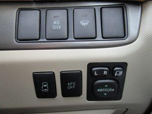AC100V、フロントガラス熱線、電動スライド、AFSスイッチ