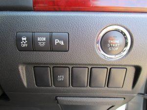 TRC、ルームランプ、クリアランスソナー、AFS、エンジンスタートボタン