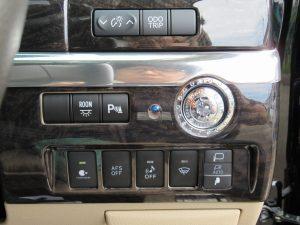 ルームランプ、クリアランスソナー、ナノイー、AFS、車両接近通報装置、フロントガラス熱線スイッチ