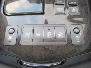 シートエアコン、電動リアサンシェード、後席シートエアコン、パワーシートスイッチ