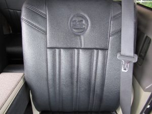 助手席背面