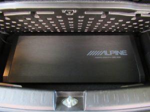 ALPINE SWE-2200サブウーファー