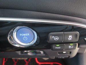 エンジンスタートボタン、S-IPA、VSC、HUD、オートマチックハイビームスイッチ