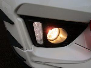 フォグランプ、LEDポジションランプ