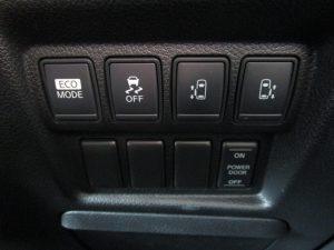 ECOモード、VDC、両側電動スライドドア、パワードアスイッチ