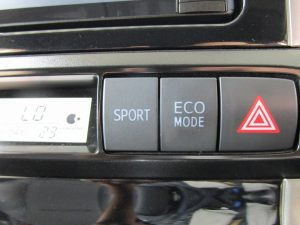 SPORT、ECOモードスイッチ