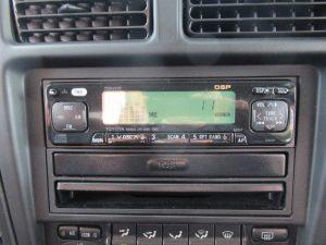純正CD・ラジオデッキ