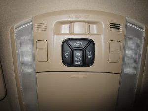 パワーバックドア、サンルーフ、スライドドアスイッチ