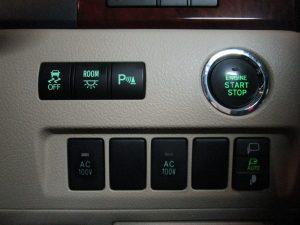 ESC、室内灯、パーキングセンサー、プッシュスタートボタン AC電源、ドアミラースイッチ