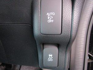 電動ミラースイッチ、横滑り防止装置スイッチ