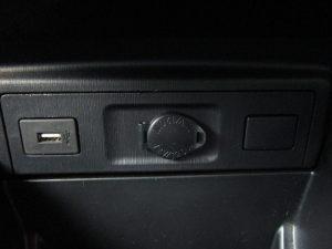 USB、12V電源