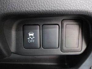 横滑り防止装置スイッチ