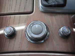 ドライブモード切替スイッチ、エアーシートスイッチ