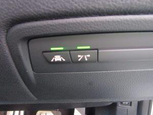 前車接近警告、車線逸脱警告スイッチ