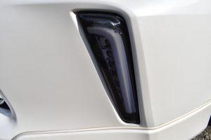 Revierライトバー付LEDフロントウインカー