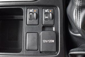 シートヒーター、12V電源