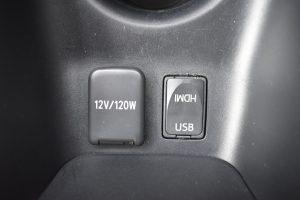 12V電源、USB、HDMI