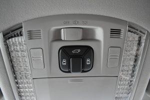 電動スライドドア、パワーバックドア開閉スイッチ