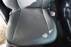 運転席(座面)