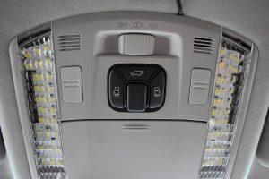 電動スライドドア、パワーバックドアスイッチ