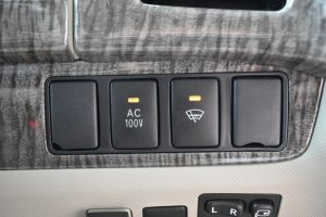 AC電源、フロントガラス熱線スイッチ