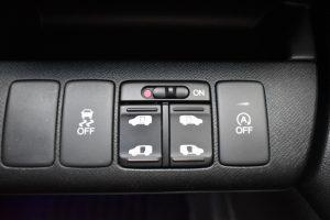 横滑り防止装置、電動スライドドドア、i-stop