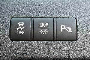 ESC、室内灯、パーキングセンサー
