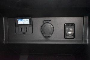 コンセント・パワーアウトレット・USB
