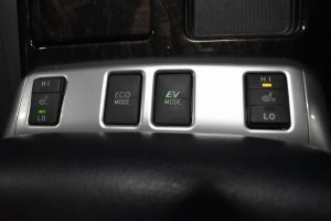 ECOモード・シートヒータースイッチ