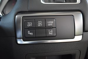 TCS・タイヤ空気圧・i-stop・RVM・LDWSスイッチ