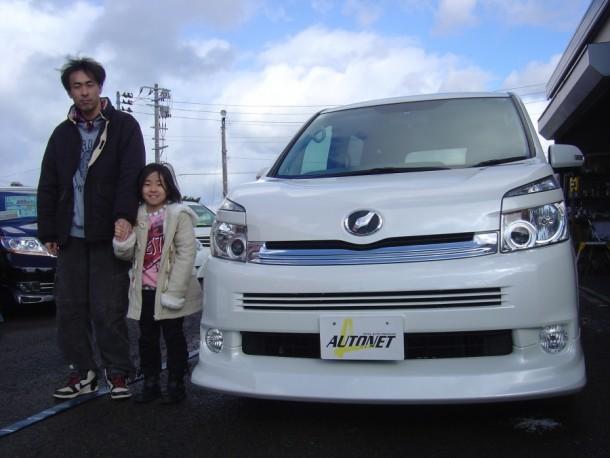 新潟県  徳重さん 購入した車:トヨタ VOXY